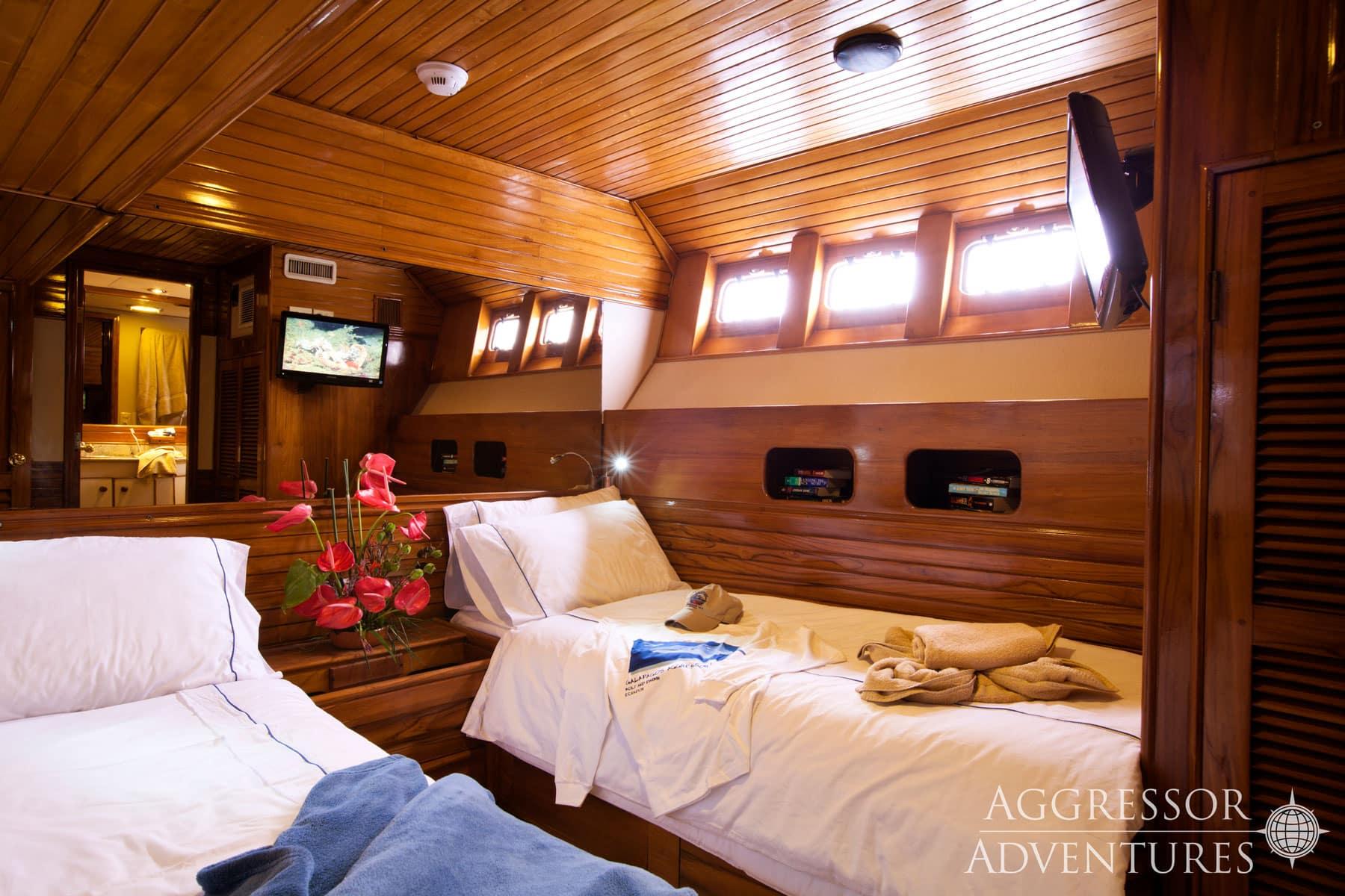 Galapagos Aggressor III bedroom
