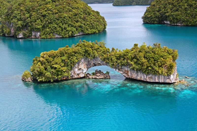 Palau scuba diving arch