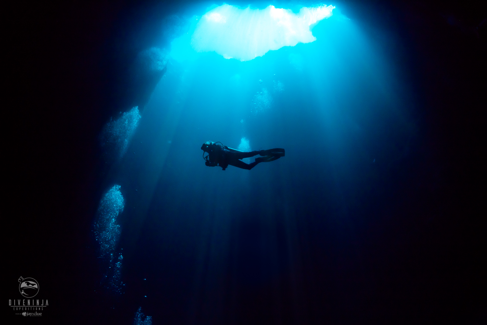 diving the blue hole in Palau onboard the Palau Siren Liveaboard with Dive Ninja Expeditions