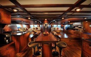 Dining room Philippine Siren