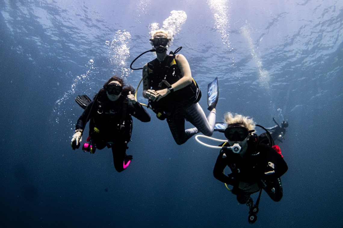 Alena, Jamie and Mary in the Maldives, on expedition with Dive Ninjas