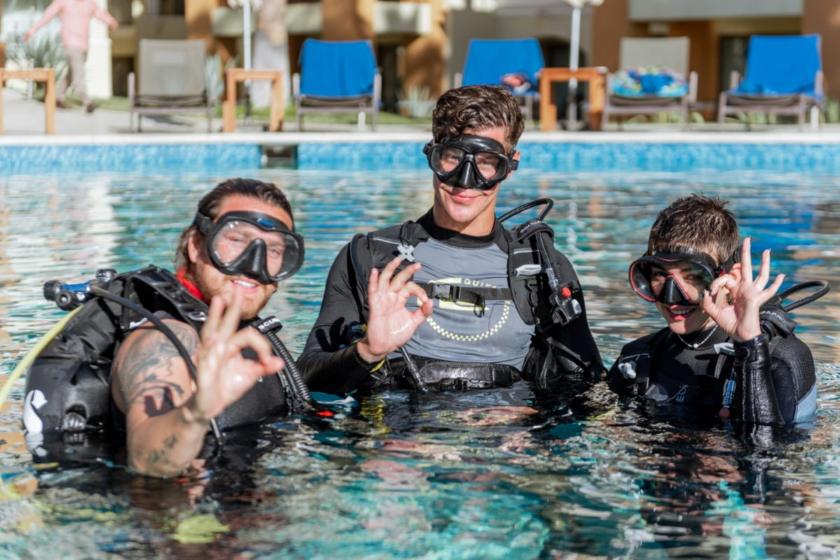 Dive Ninja Expeditions DSD pool training in Cabo San Lucas